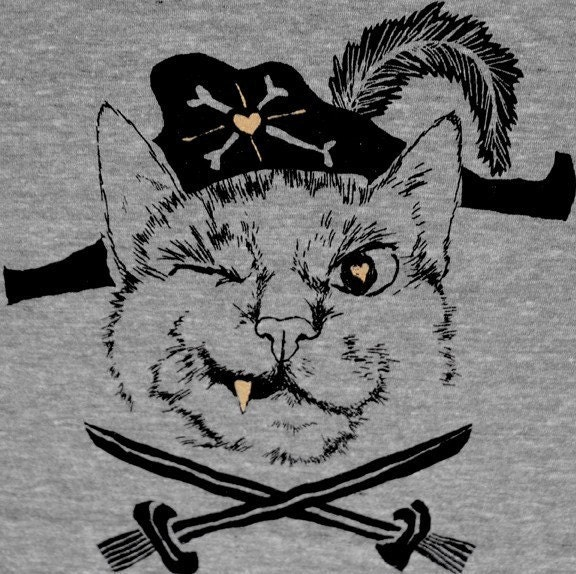 Pirate Cat / GNOME ENTERPRISES / athletic grey / UNISEX SM MD LG XL