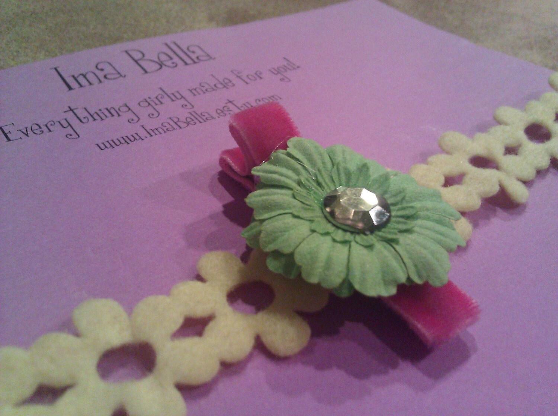 Pink Velvet Alligator Clip With Green Flower