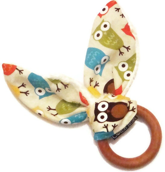 Natural Wooden Teething Ring 'BUNNY' in 'Bermuda Owls'  fabric and Organic Bamboo Terry....another baby gift idea from Cwtch Bugs