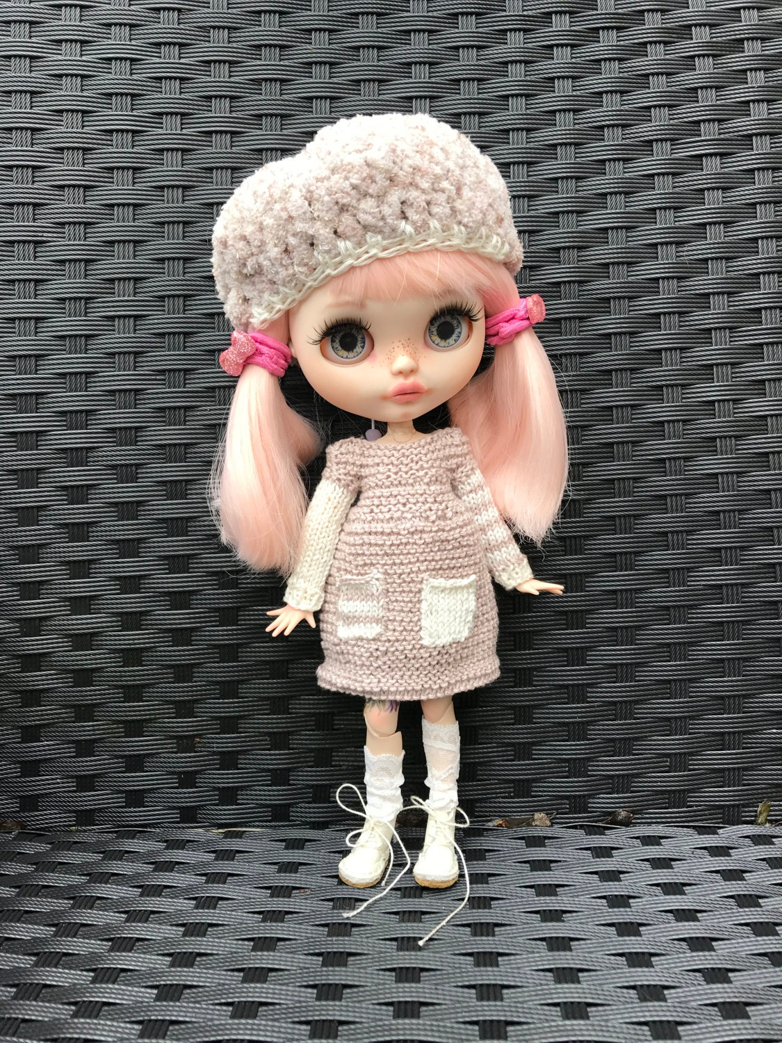 Blythe doll outfit  knitted handmade dress and matching beret in taupe and cream cotton