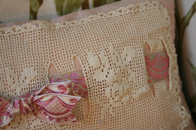 Romantic Bliss - Dupioni Silk Pillow w Antique Lace