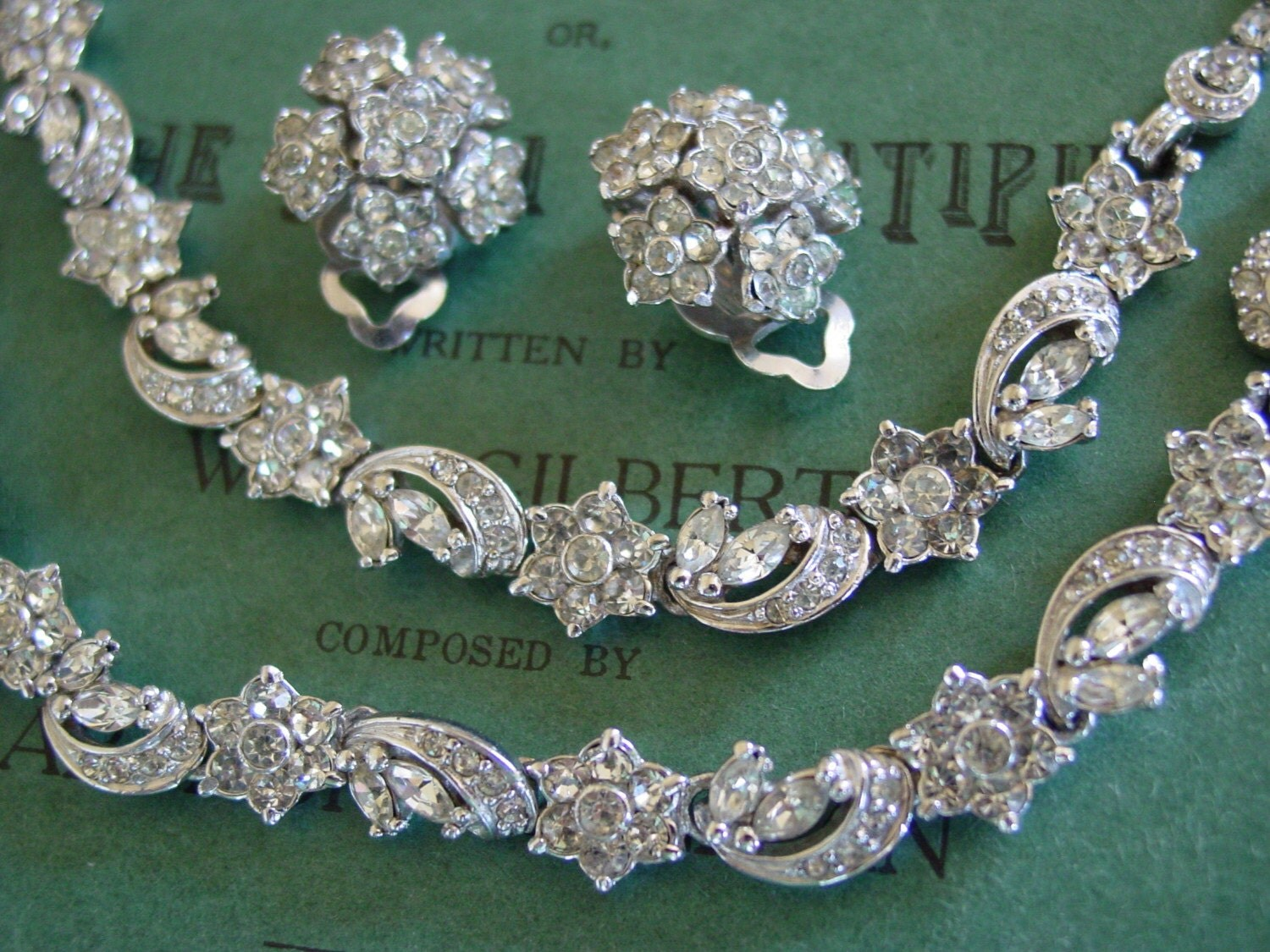 HUGE SALE Pennino Full Parure  - RARE - Swags and Flowers