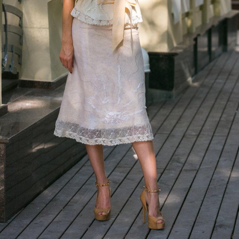 Элегантная юбка, юбка-карандаш, нунофелтинг, валяние, юбка из войлока, летний войлок, светло бежевый цвет