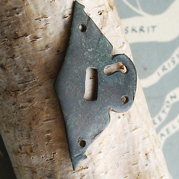unusual ESCUTCHEON...  VINTAGE key hole plate to use in your ASSEMBLAGE mixed media SHADOW BOX or in any way you would want to  Aug 2