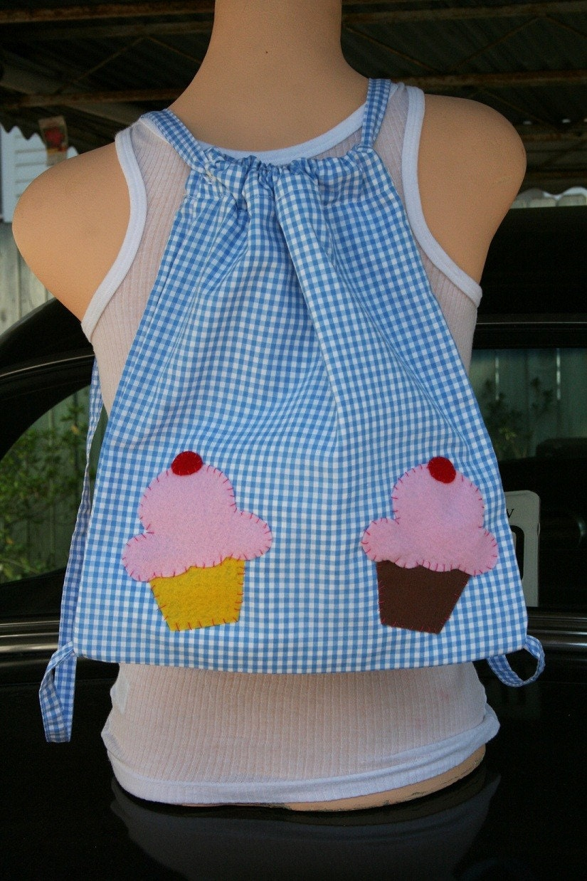 Blue Gingham with Cupcakes Drawstring Backpack
