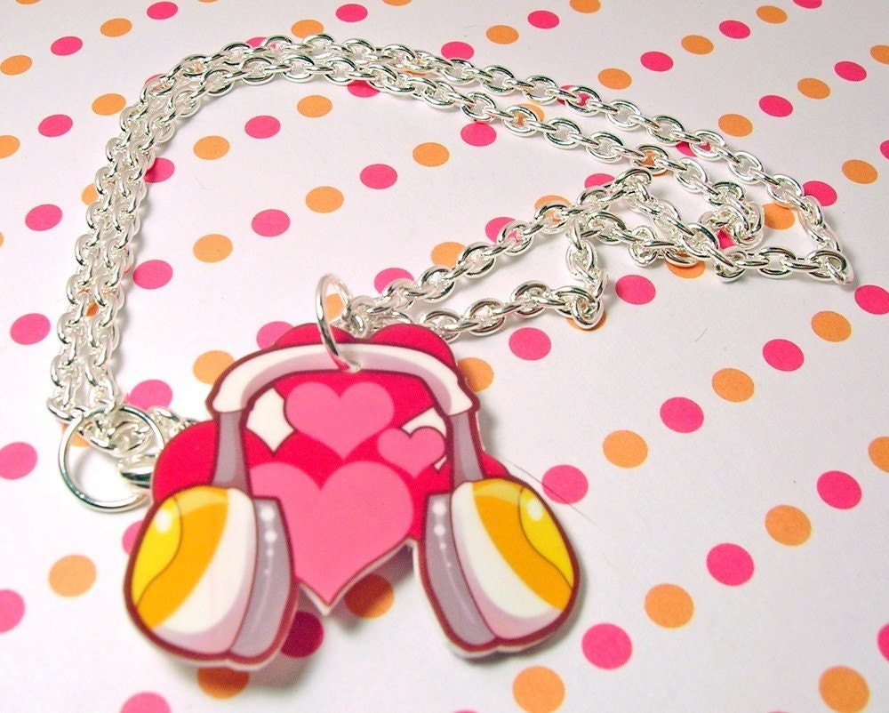 Love Headphones Necklace 20 inches