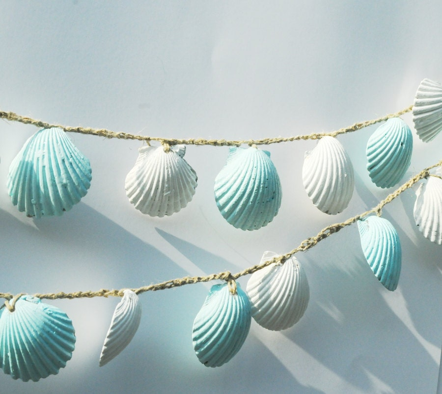 Beach wedding decor seashells seashell garland beach wedd for Seashell decor