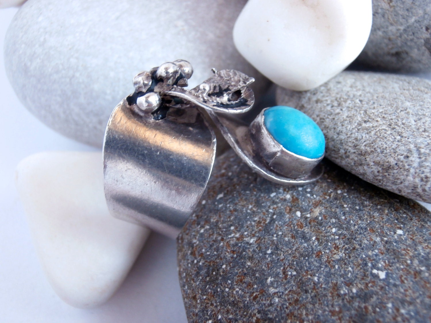 Turquoise Stone Ring  Vintage Jewellery  Sterling Silver Ring