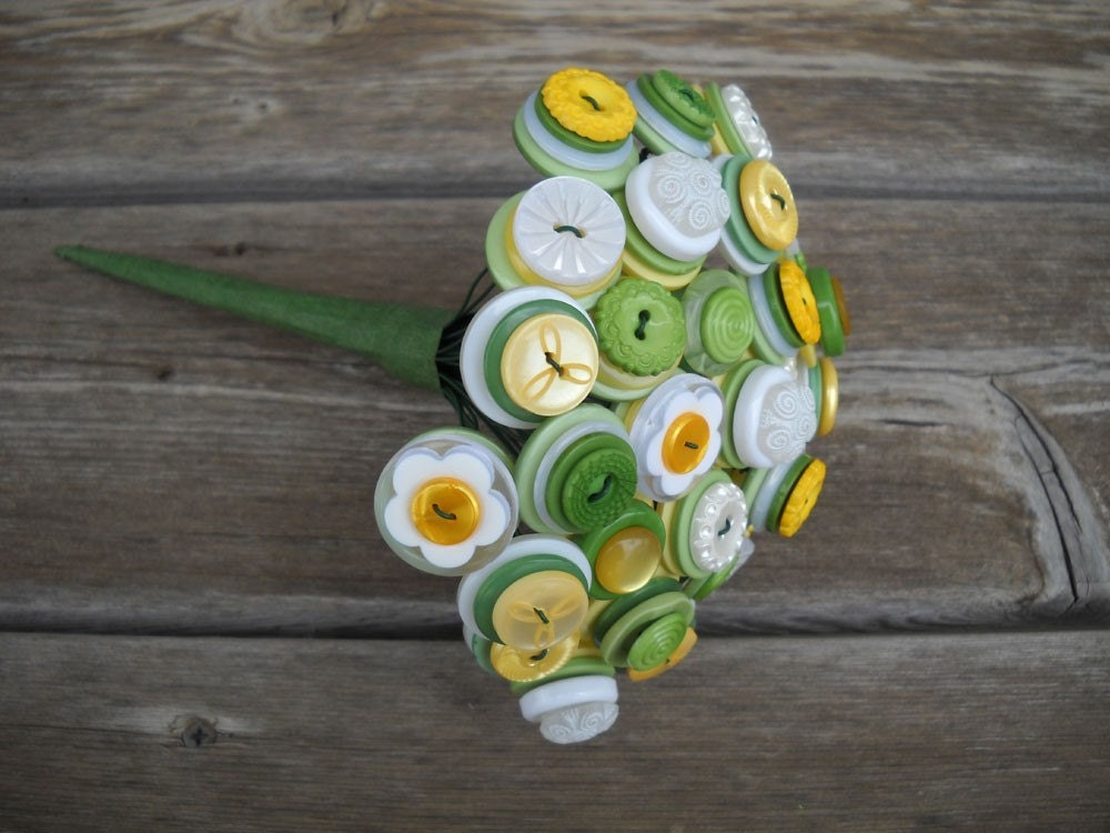 Green Yellow and White Button Toss Flower Girl Bouquet Centerpiece