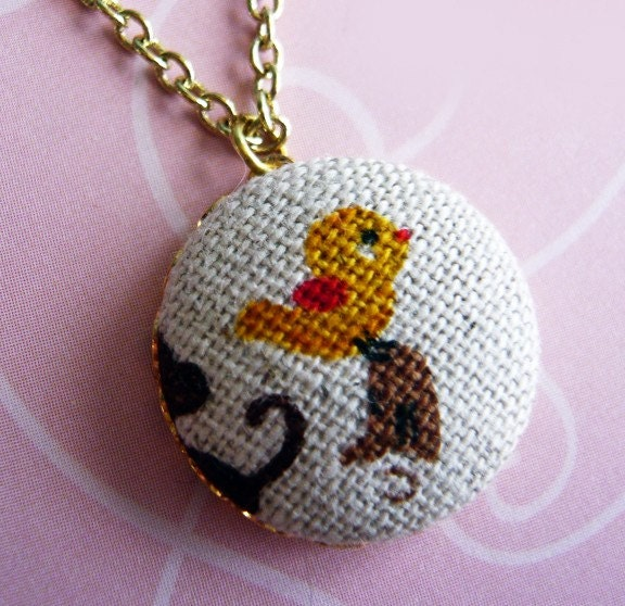 Adorable Yellow Bird Button Necklace by MaruMaru on Etsy from etsy.com