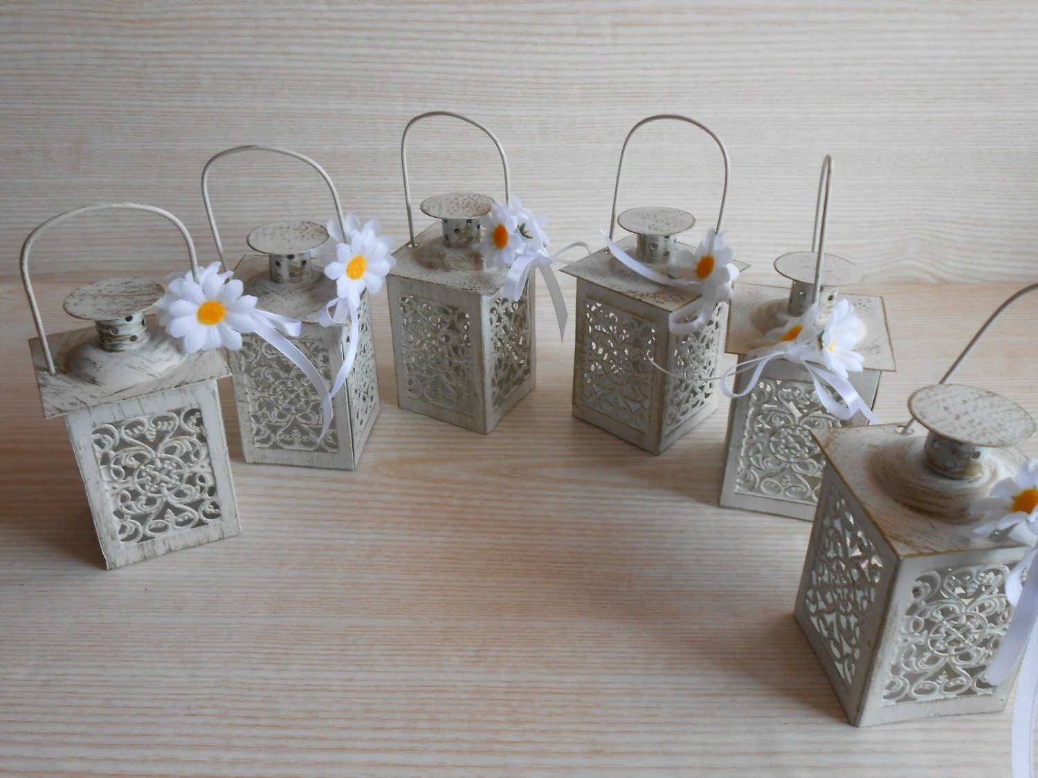 Mini lanterns wedding