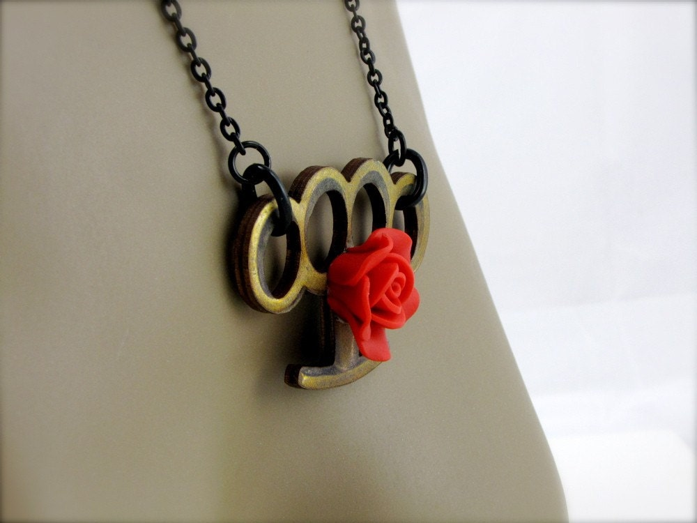 BRASS KNUCKLES NECKLACE THIS SUPER