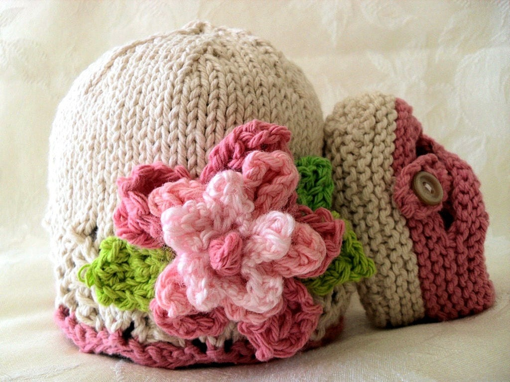 COTTON HAND KNITTED Ivory Cloche with Pink Flower and Matching Cross-strapped Booties