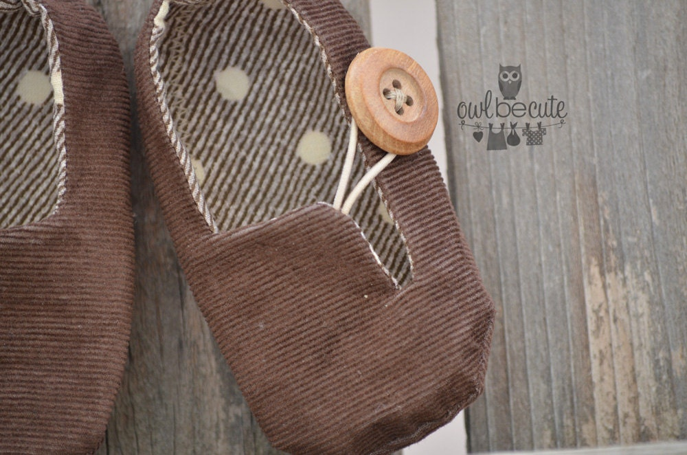 Brown corduroy baby boy shoes- (size newborn to 12 months) - OwlBeCute