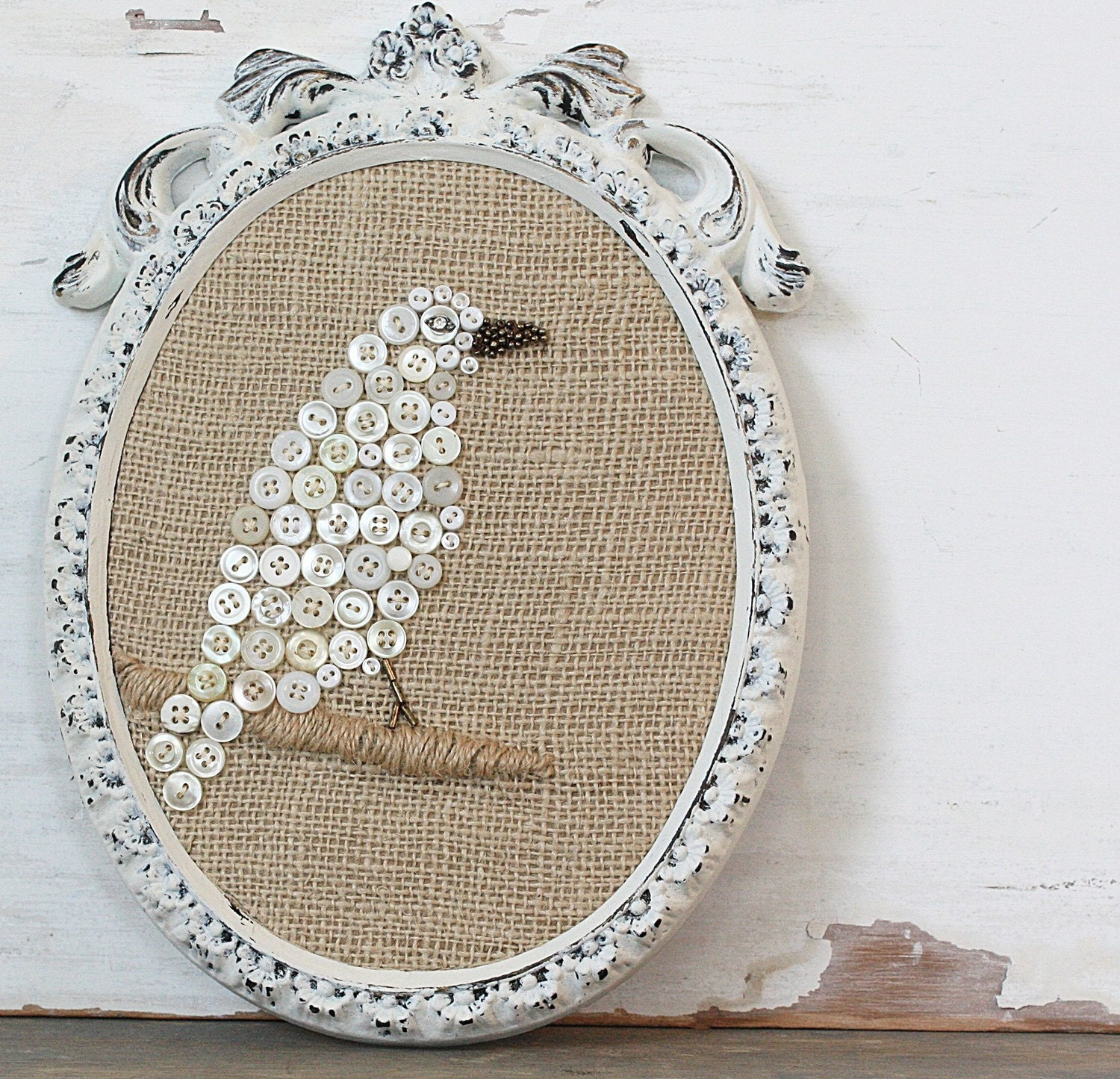 Vintage Inspired Burlap Button Bird in Oval Frame
