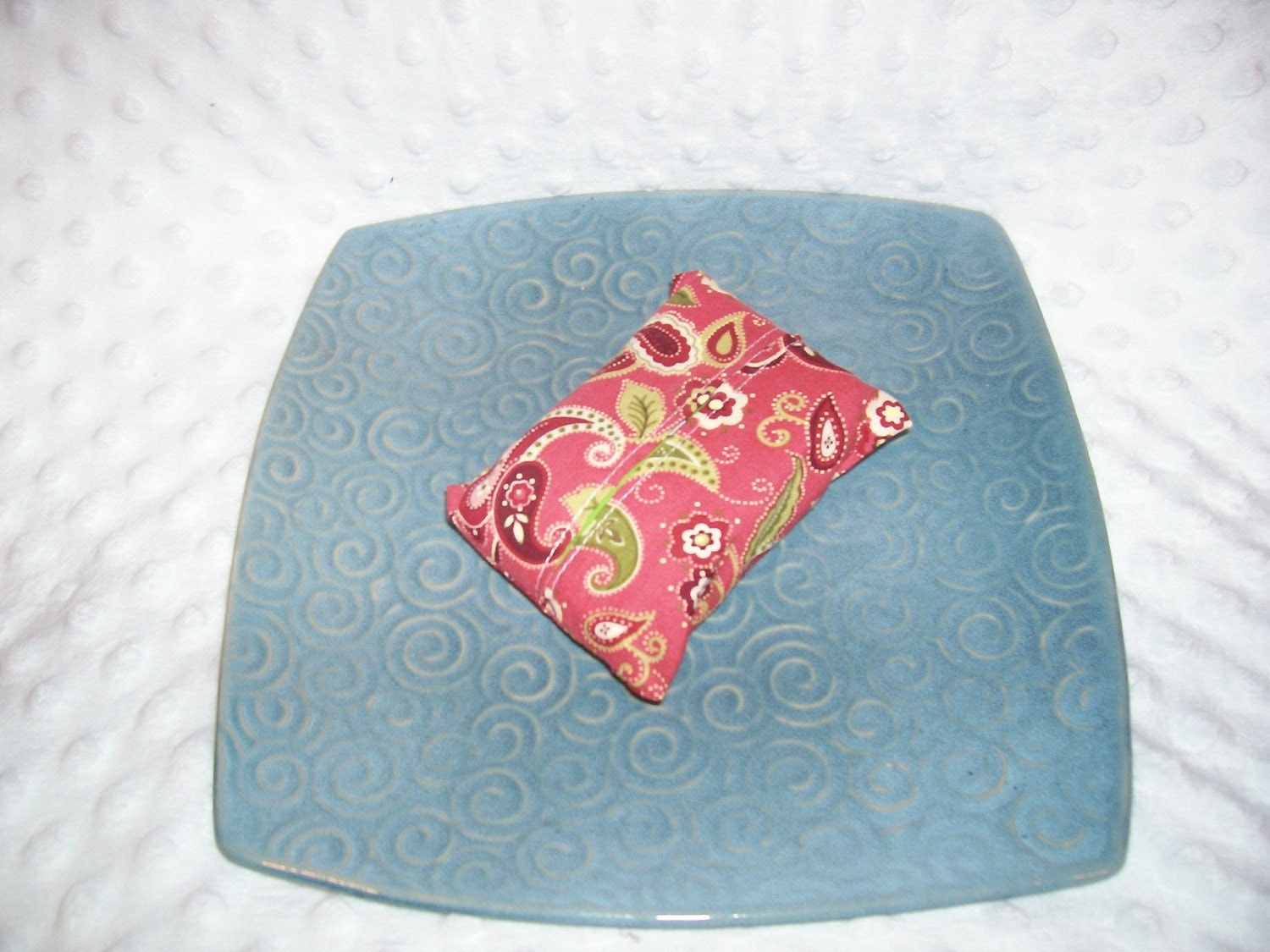 Pink Paisley Tissue Cozy