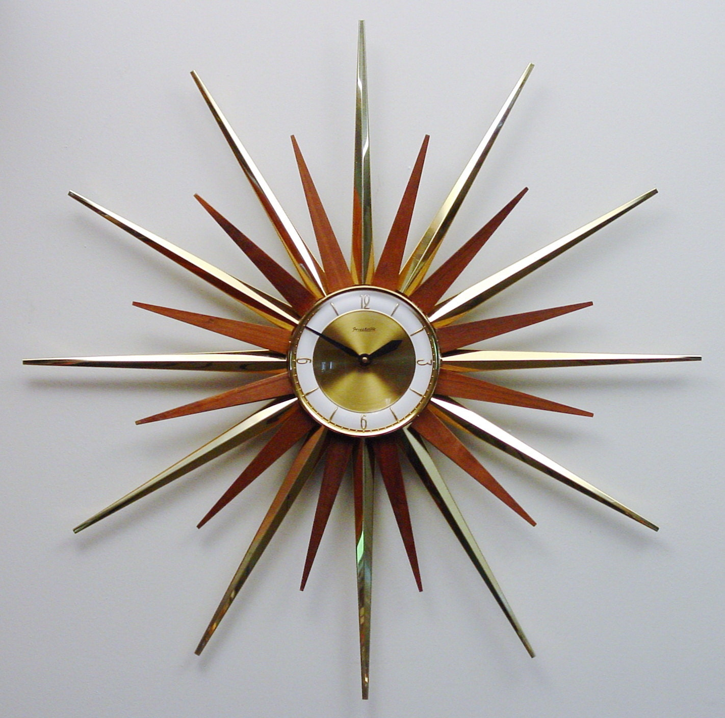 Mid Century Modern Starburst Wall Clock By By Clubmoderne