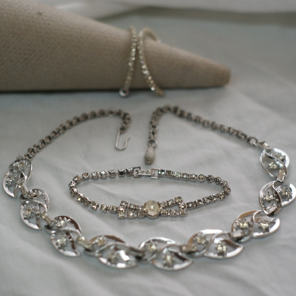 HOLIDAY SALE - Putting on the Glitz Vintage Jewelry Trio