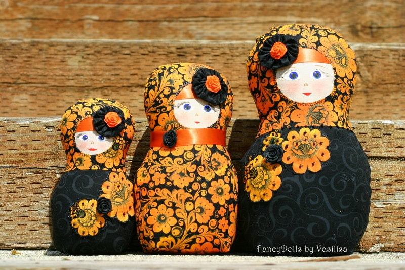 Autumn home decor doll Russian nesting dolls Matryoshka Babushka - set of three