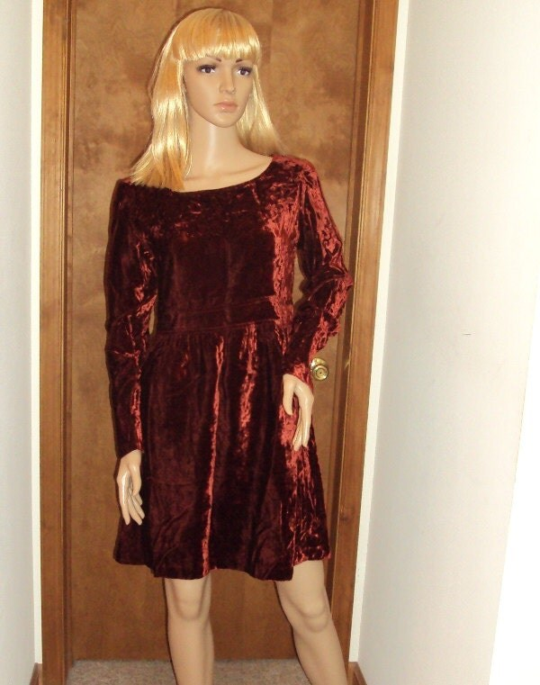 Hugo Buscati Collection Dress / Vintage Baby Doll / Red Crushed Velvet / Mod / Party Dress