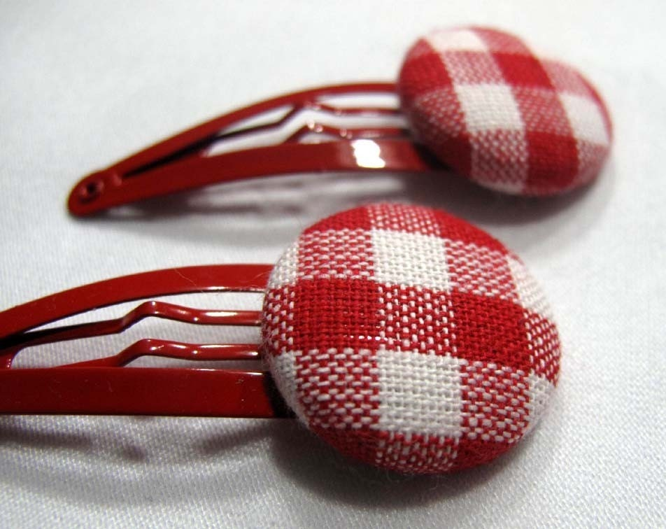 Red- White gingham on red hair clips (no23)