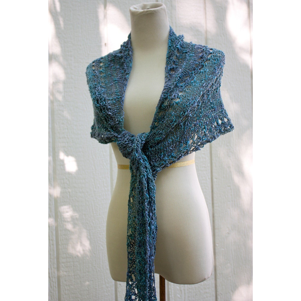Summer Shawl in Waves of Blue