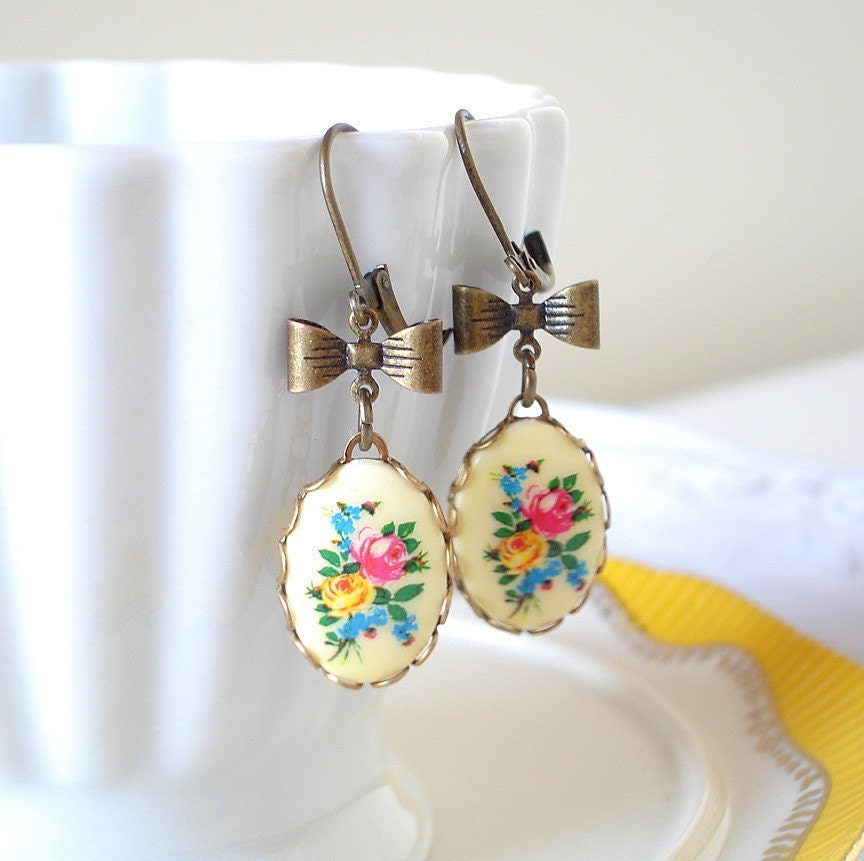 Vintage Floral Cameo Earrings with Bows-Country French Roses