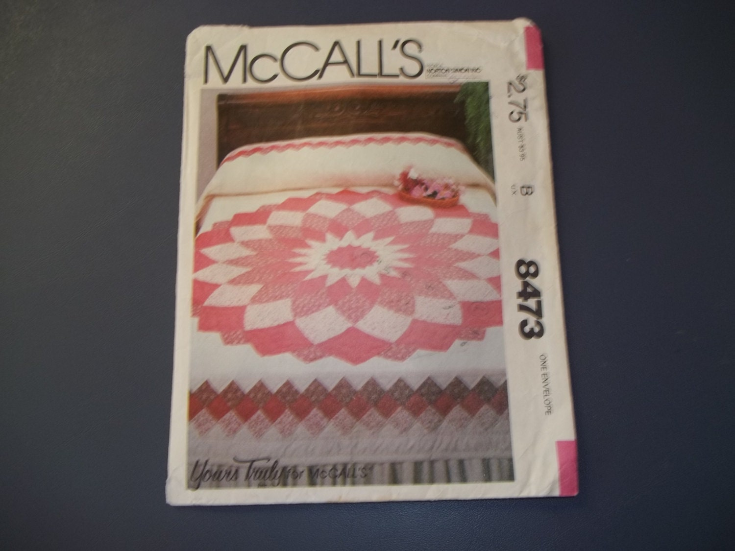 McCall s Yours Truly pattern 8473 Giant Dahlia Quilt by SLazyB1952