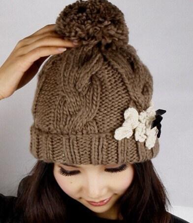 Twisted pattern woollen ball lady wool hat
