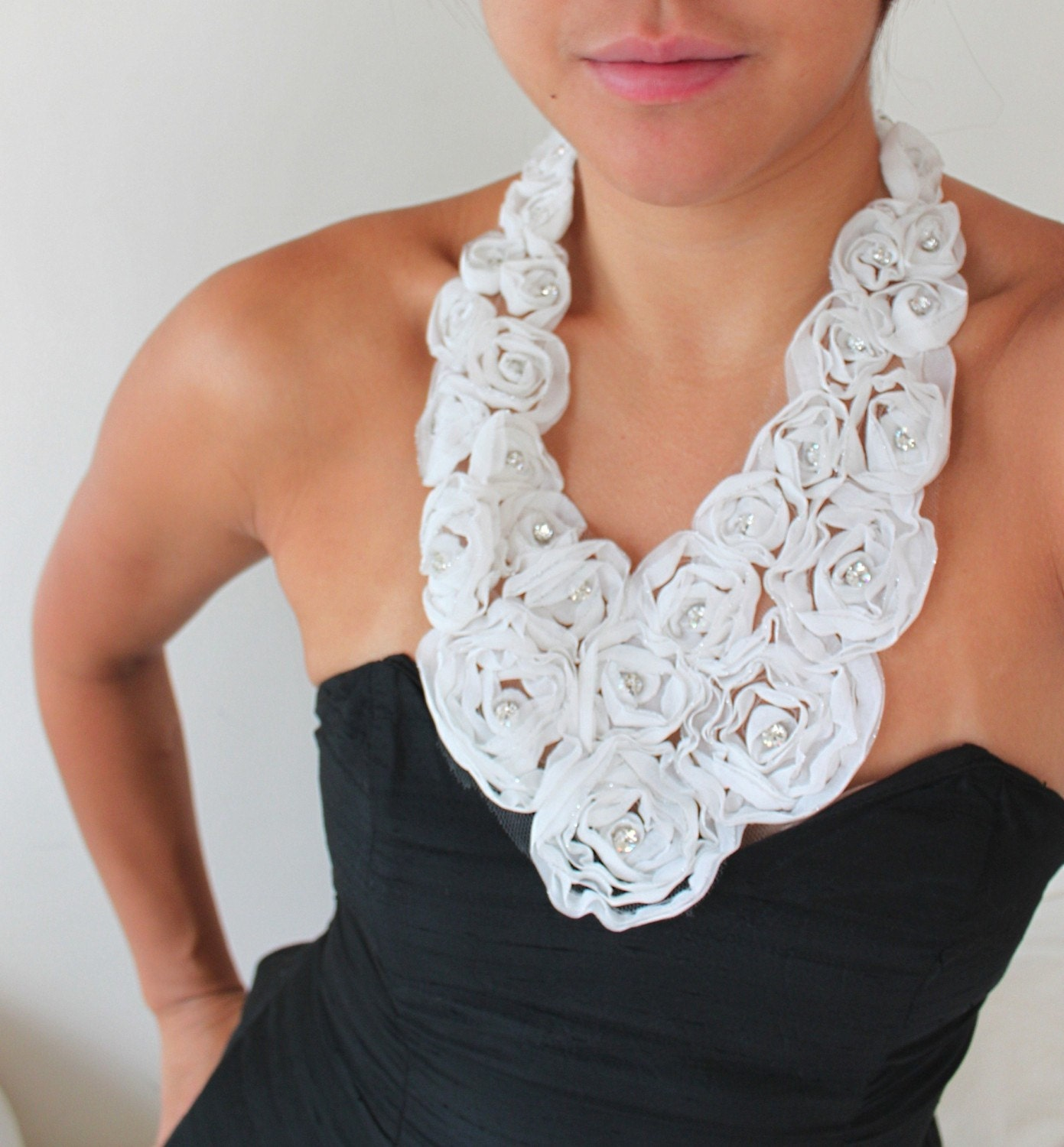 A Bouquet of White Roses - Statement Bib Ribbon Necklace