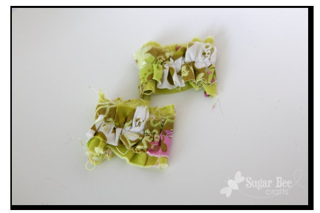 Green: Mini Messy Ruffled Clips