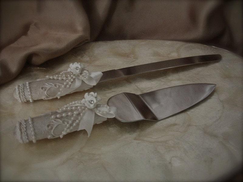 vintage cake server and knife set by weddingandafter on etsy. Black Bedroom Furniture Sets. Home Design Ideas