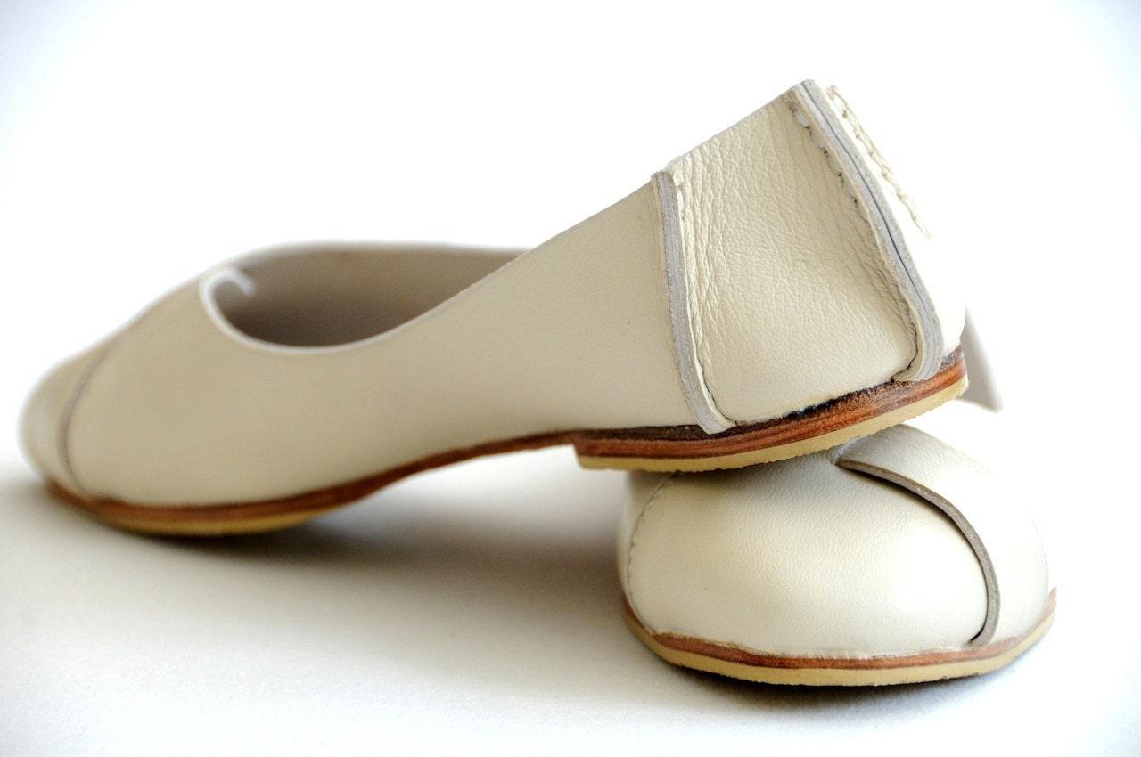 Beautiful New Genuine Leather Women Sandal Fashion Ankle Strap Flip Flops Ladies Flat S