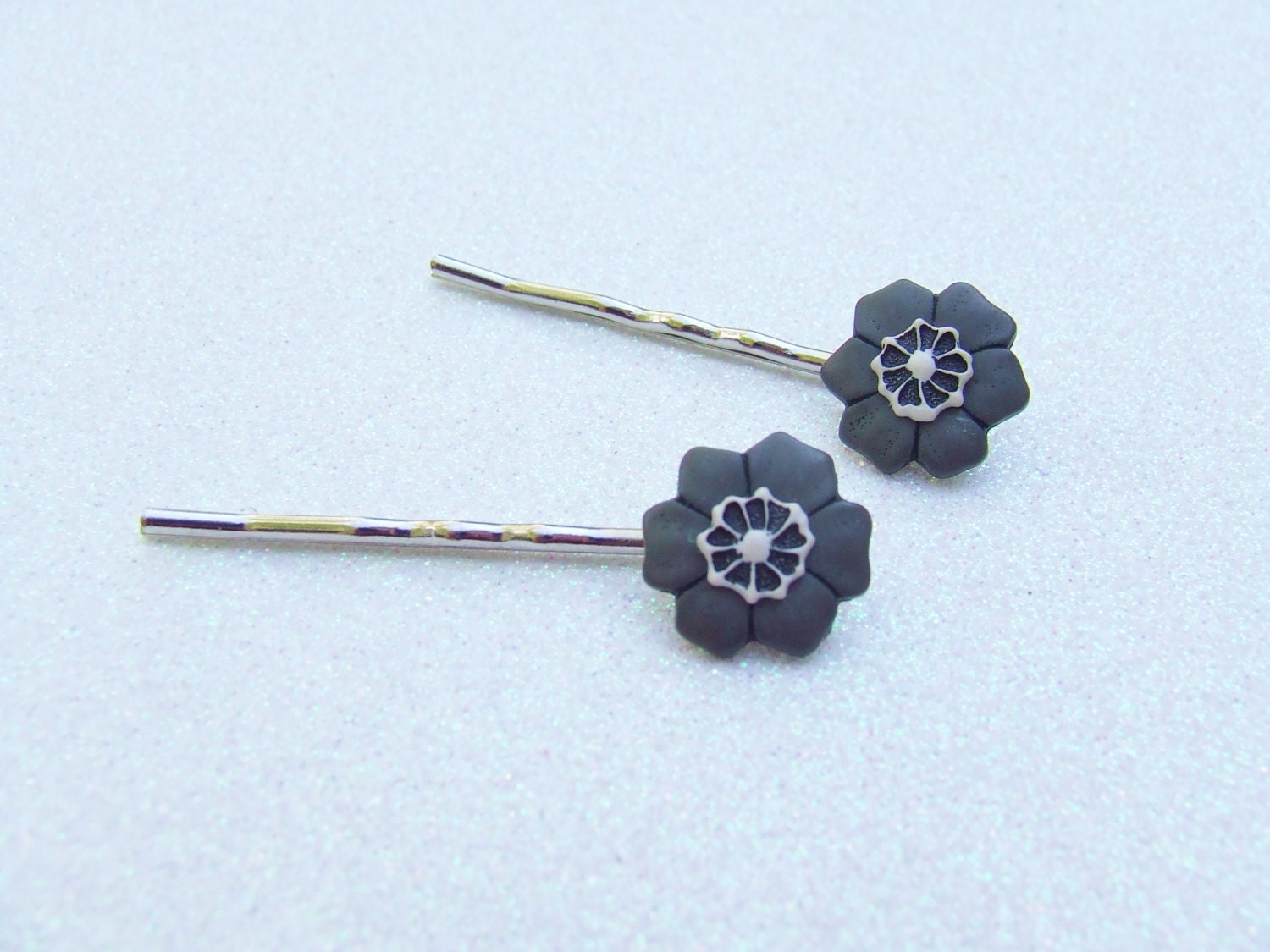 Grey Flower Bobby Pins - Muted Color Flowers - Grey Bridesmaid Gift - Bridesmaid Jewelry - Hair Clip Ons - Hair Accessories - OneUglyUnicorn
