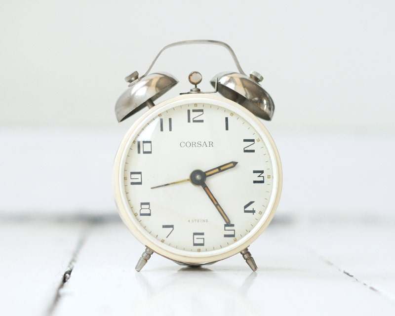 Vintage alarm clock, hungarian clock by CORSAR, clock alarm, vintage clock, timepiece, ecru - ThingsWithSoul