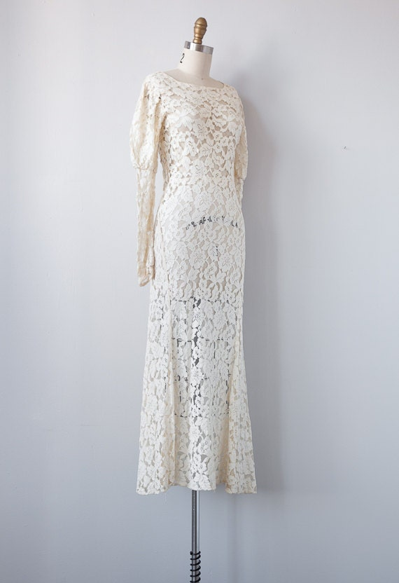 1930s wedding dress / vintage 1930s lace gown / vintage wedding gown / wedding dress