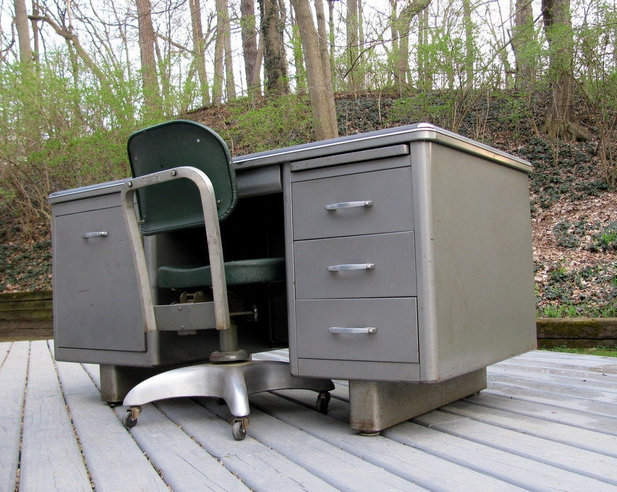 Items Similar To Vintage Mid Century Invincible Tanker Desk Made In Usa On Etsy