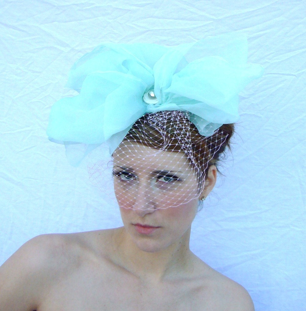POUF Veiled Bow in Aqua