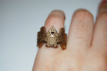 First I bring you Legend of Zelda themed wedding decor favors and even