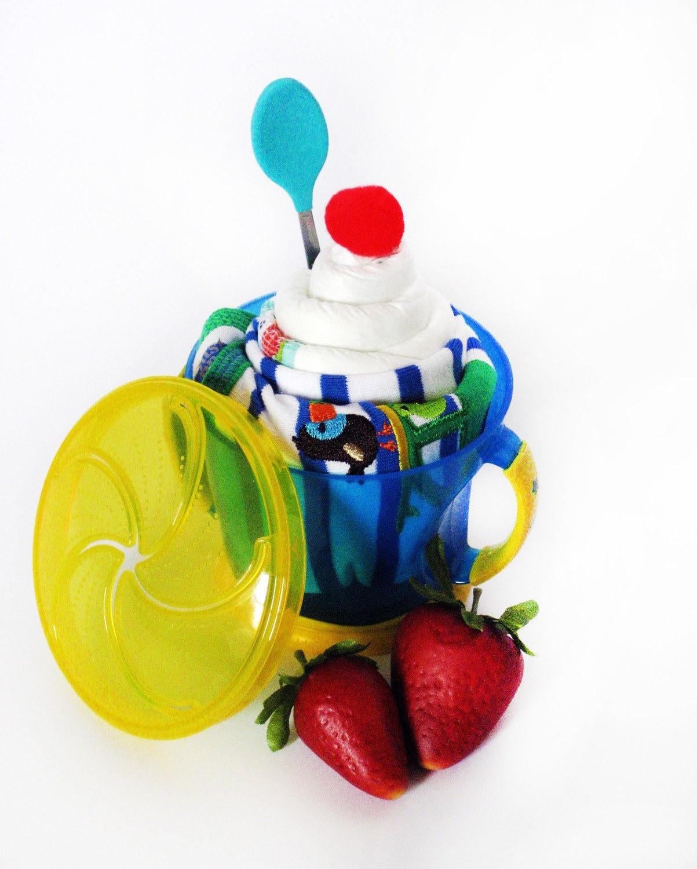 Diaper cupcake - SNACK CUP SUNDAE - 5 item gift set