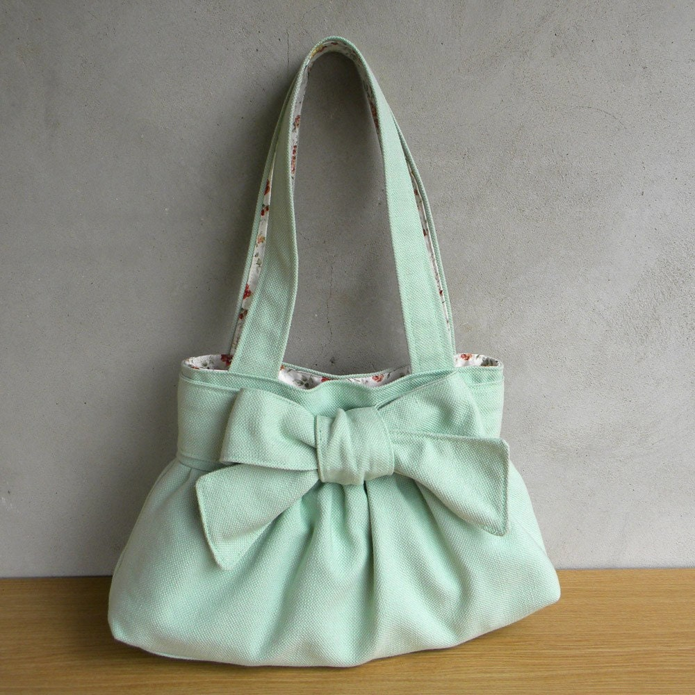 Mediterranean Lilly.. Handmade bag with double strap in Jade Green