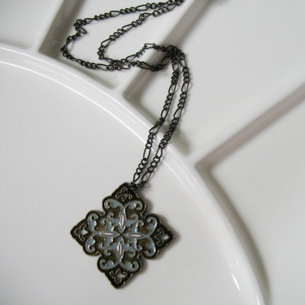 Elegant Medallion Pendant Necklace. Limited Edition