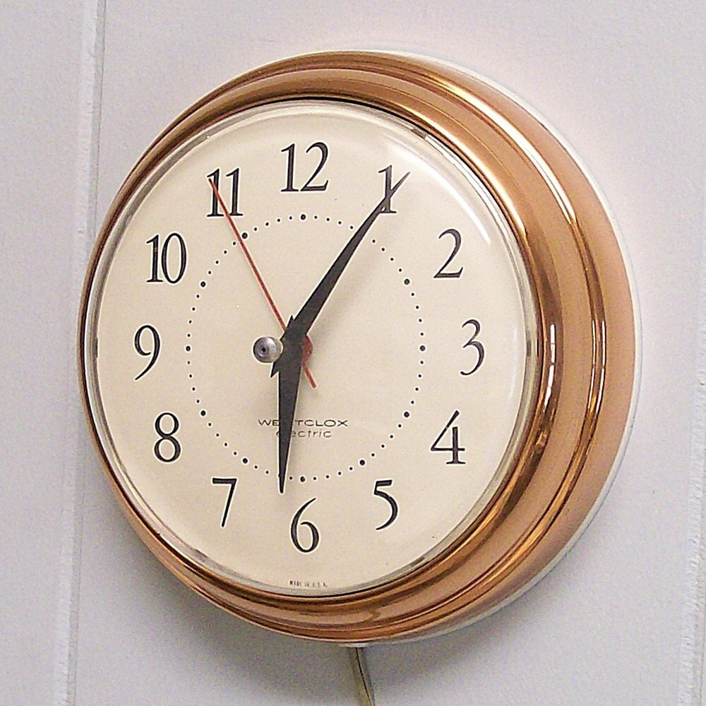 Vintage Electric Wall Clock 102
