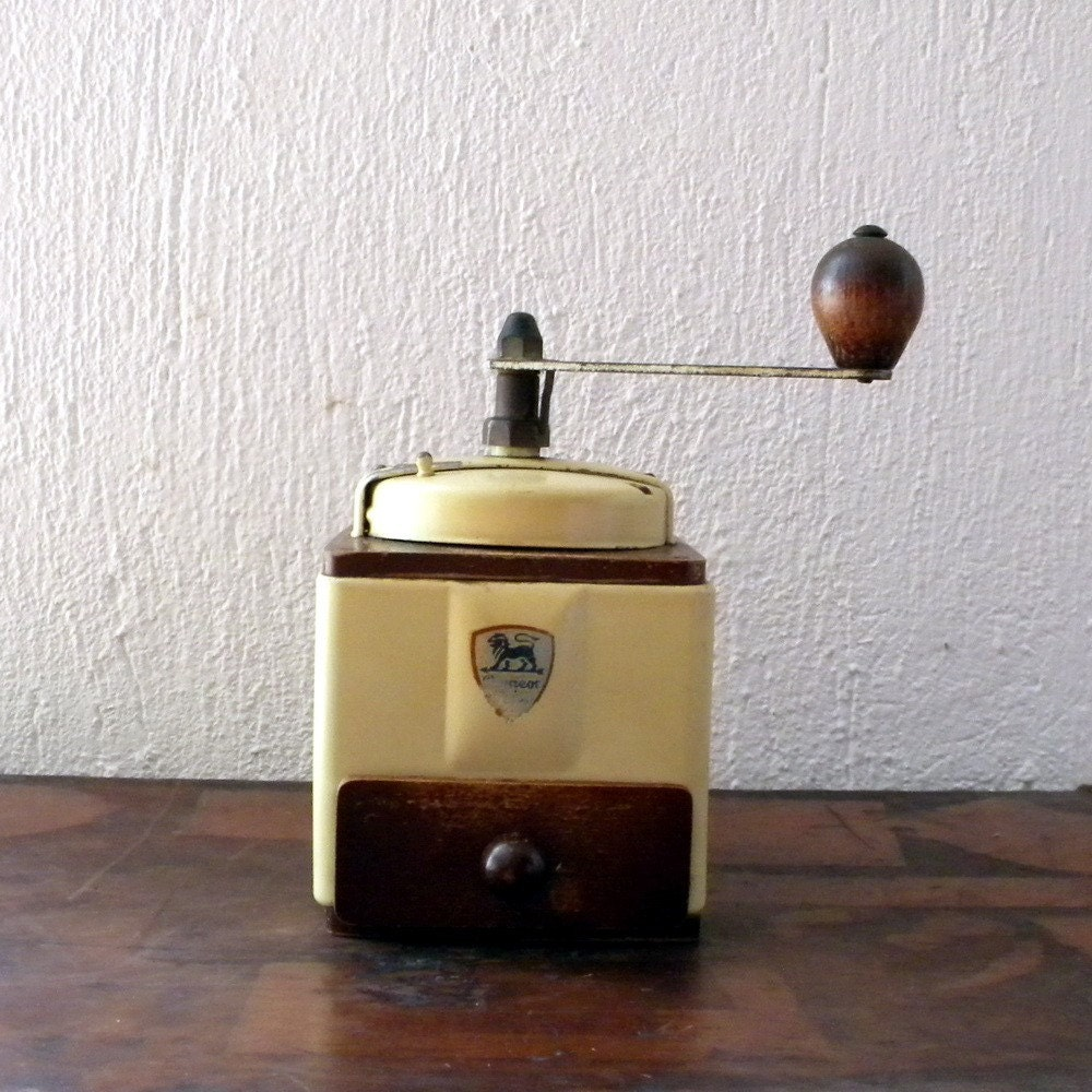 Vintage Peugeot cube coffee
