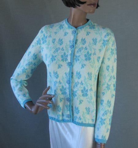 60s Sweater Vintage 1960s Cardigan Feminine Intarsia Floral Blue Small to Medium - MagsRagsVintage