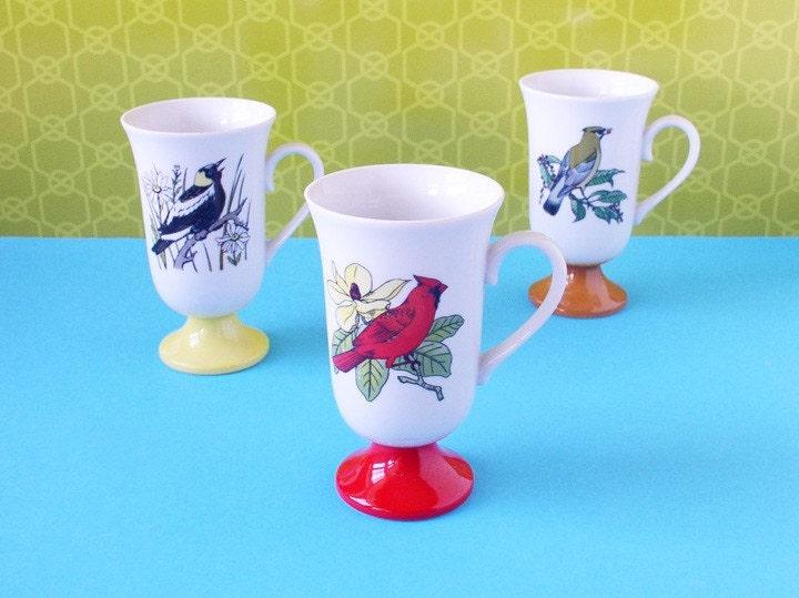Set of 3 bird mugs - vintage