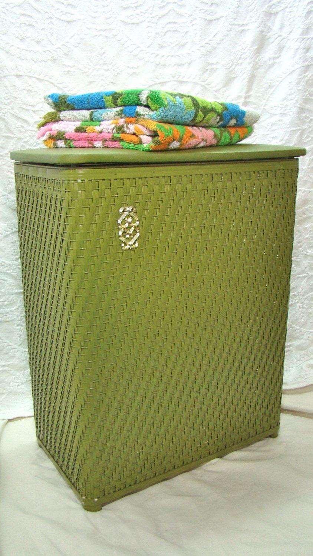 Vintage Large Laundry Hamper Wicker Hamper Avocado Green