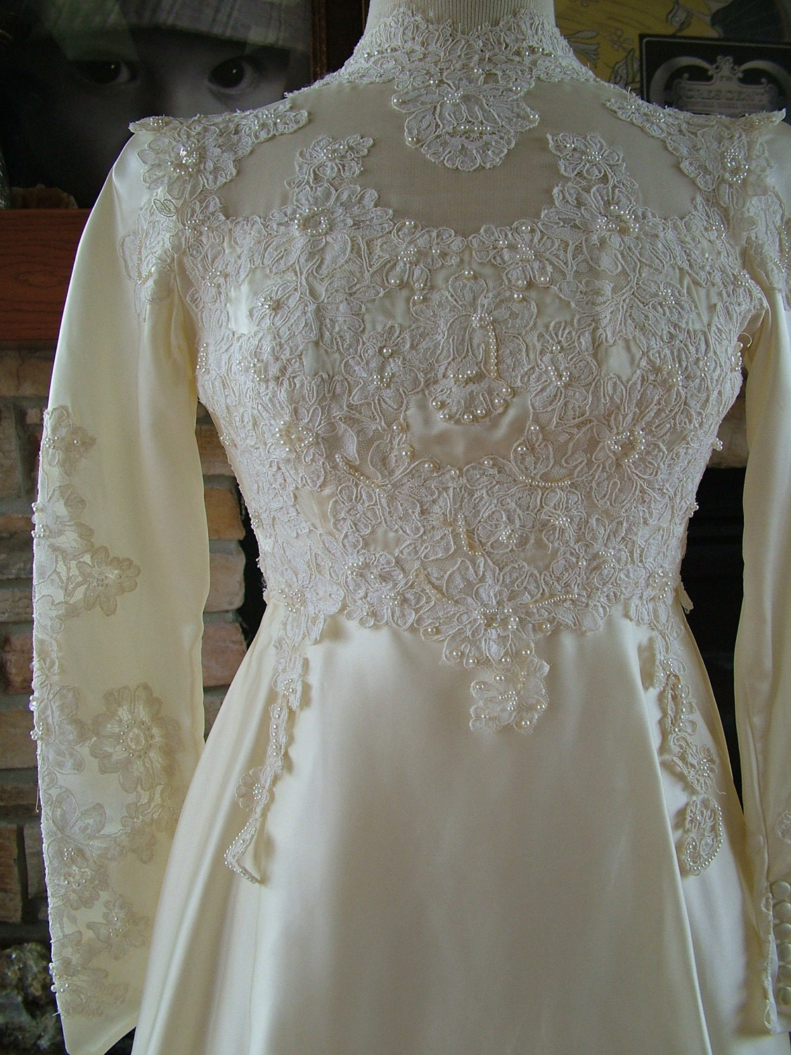 Vintage 1970s wedding dress in satin with by for 1970s vintage wedding dresses