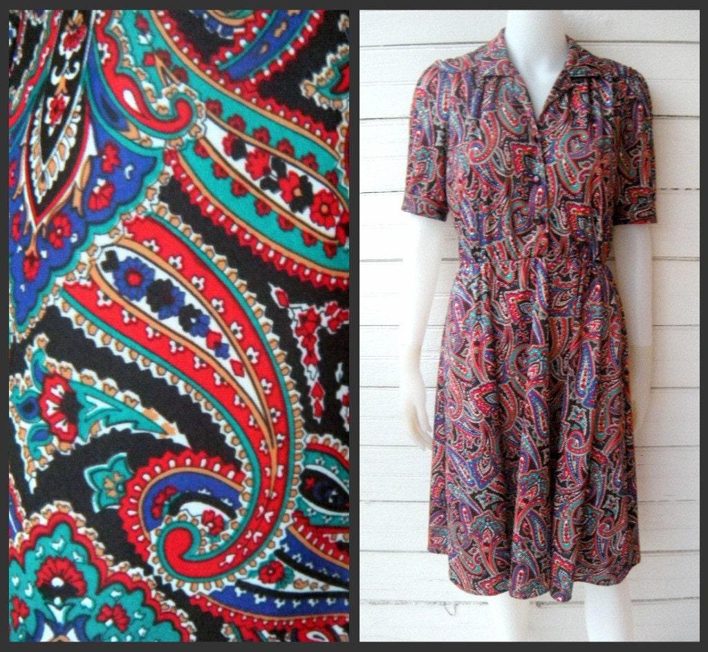 Vintage Colorful 70s PAISLEY Dress