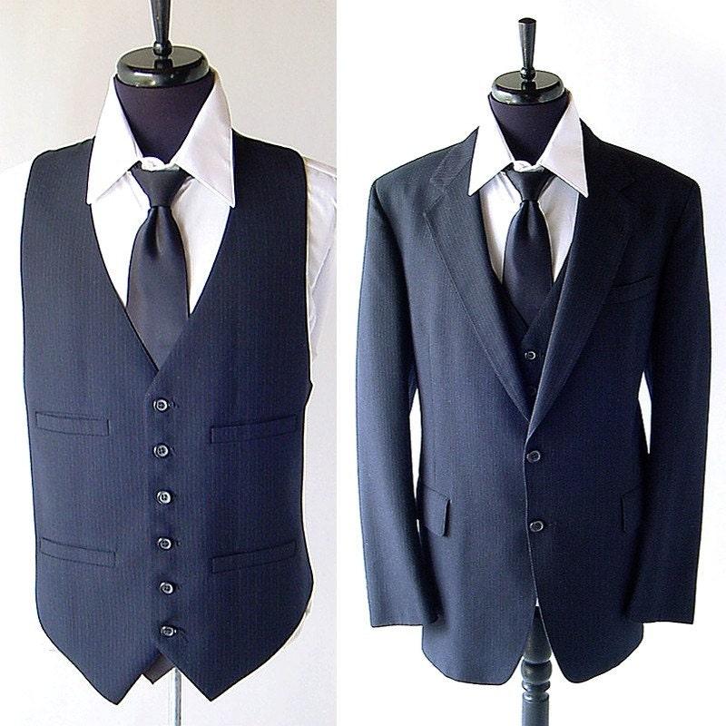 Vintage 3 Piece Mens Suit . Dark Navy Blue Pinstripe . 44 45